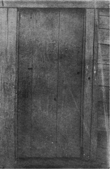 Door in Kelly's old homestead. Note spy hole, which gives a wide range of vision of about 170 degrees.
